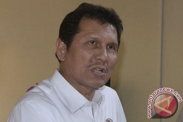 Menpan Asman Abnur ingatkan agar jangan puas dengan status