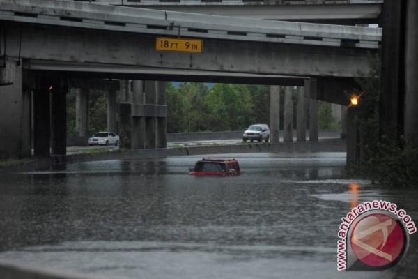 Penjualan mobil naik setelah Badai Harvey melanda Texas
