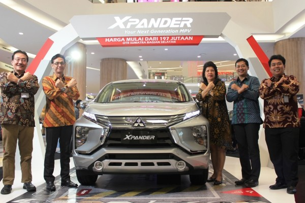 Mitsubishi Xpander dipesan 426 unit di Palembang