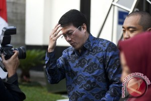 KPK periksa kakak Andi Narogong