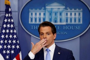 Direktur Komunikasi Gedung Putih Scaramucci dipecat