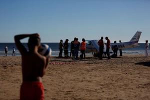 Pesawat mendarat darurat di Portugal, 2 orang tewas terhantam