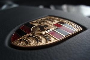 Porsche gabung Formula E mulai 2019