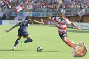 """Madura United andalkan duet """"Dane-Peter"""" saat jamu Borneo"""