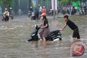 Banjir Vietnam tewaskan 26 orang