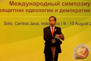 Presiden hadiri simposium MK di Surakarta