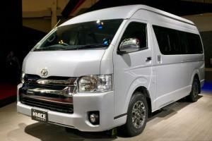 Toyota rilis New Hiace Luxury dan New Dyna