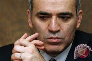 Garry Kasparov si dewa catur 'turun gunung'