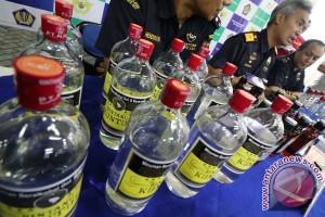 Bea Cukai musnahkan rokok dan minol ilegal