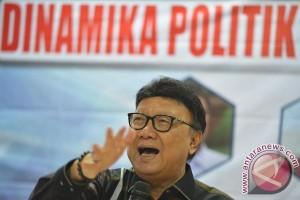 Tjahjo Kumolo siap lawan siapapun penghina presiden