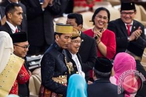 Presiden Jokowi didoakan lebih gemuk dan sehat