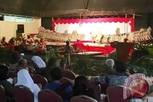 Memperingati Kemerdekaan RI ke-72, wayang kulit dipentaskan di Suriname