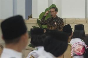 Presiden sempat bingung ambil bendera dari Paskibraka