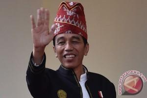 Jokowi akan berpakaian adat Sunda