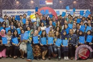 Uni Eropa Berikan Beasiswa Erasmus Plus