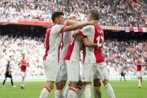 Ajax bekap Groningen 3-1