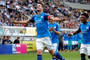 PSV bekuk Breda 4-1
