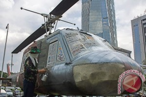 Helikopter Bell 204B