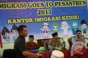 Imigrasi Goes To Pesantren