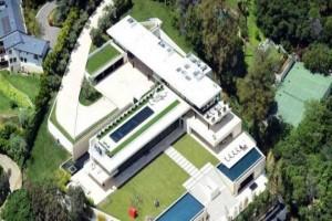 Jay-Z dan Beyonce beli hunian termahal di Los Angeles