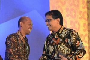 BPJS-TK terima penghargaan PPM dan Economic Review