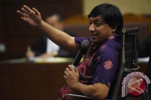 Pemeriksaan Terdakwa Korupsi Alquran