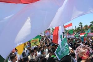 Ribuan warga Batang tolak kebijakan sekolah seharian, juga diikuti Bupati