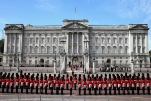 Polisi ringkus tersangka kedua serangan pedang di Istana Buckingham