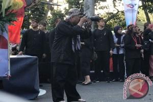 """Menteri PUPR """"hunting"""" foto di Karnaval Kemerdekaan"""