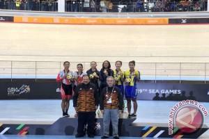 SEA Games 2017 - Tim sprint putri sumbang perak untuk Indonesia