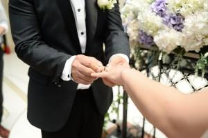 Ini lagu pernikahan paling populer di Indonesia