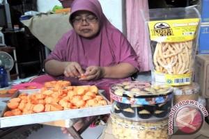 Pakai gas bumi, pengusaha kue di Surabaya bisa berhemat sekaligus jaga kualitas