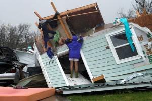 Selebriti Hollywood ikut dalam pemulihan bencana badai Harvey