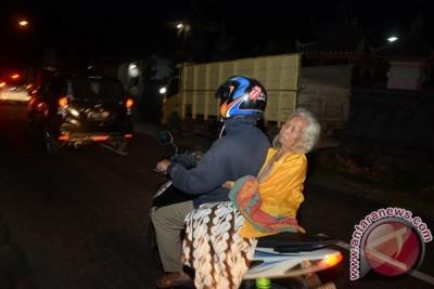 Jumlah pengungsi Gunung Tagung terus bertambah