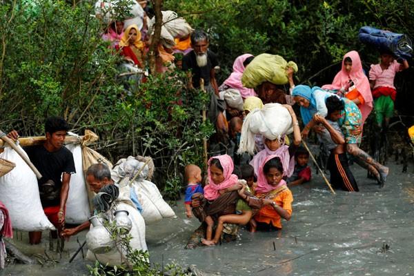 Pengungsi Rohingya terperangkat ranjau di kawasan tak bertuan