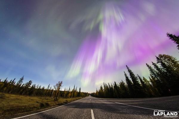 Aurora Borealis Hiasi Langit Finlandia