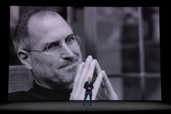 Apple-1 Dan Tanda Tangan Steve Jobs Dilelang