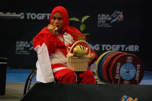 ASEAN Para Games - Satu emas dan perak tambahan dari angkat berat untuk Indonesia