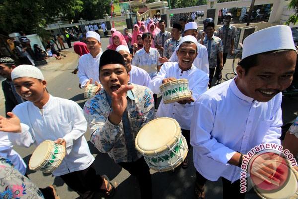 Sambut Tahun Baru Islam masyarakat Indramayu pawai taaruf