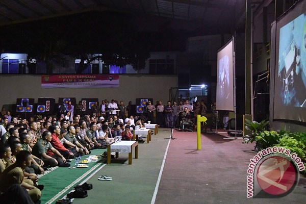 Presiden Jokowi nobar film G30S/PKI di Makorem Bogor