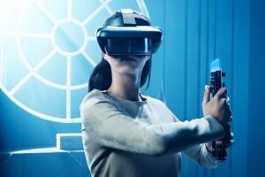 Perkenalkan Lenovo Explorer, Lenovo bawa layar perak ke perangkat VR/AR