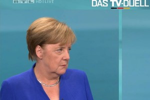 Merkel rejects yes-or-no answers in interview