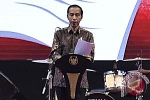 Presiden Jokowi hadiahkan sepeda nenek 70 tahun