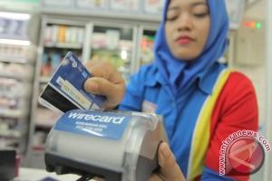 Aprindo jamin pembayaran dengan kartu kredit-debet aman