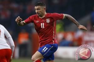 Kolarov bawa Serbia selangkah lagi ke Piala Dunia