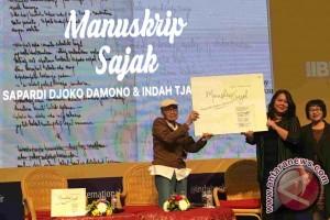 "Manuskrip Sapardi Djoko Damono, dari ""sampah"" jadi harta"