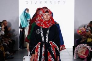 Vivi Zubedi akan pamerkan karyanya di NYFW 2018