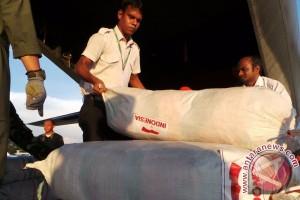 "(Laporan dari Bangladesh) - ""Family kit"" untuk pengungsi Rohingya tiba"