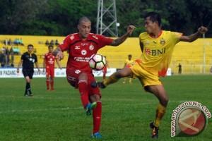 Bhayangkara FC bungkam tuan rumah Semen Padang 2-1