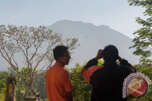 Ngurah Rai Airport unaffected by Mt Agung volcanic activities